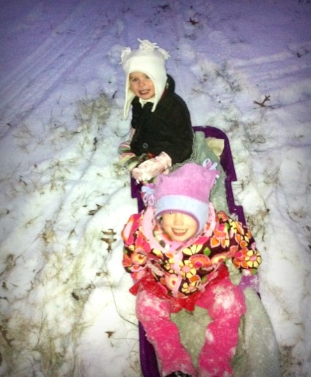 Theaimmi sledding