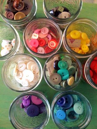 Button jars 2