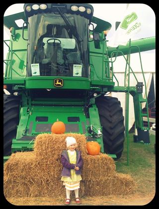 Fair tractor